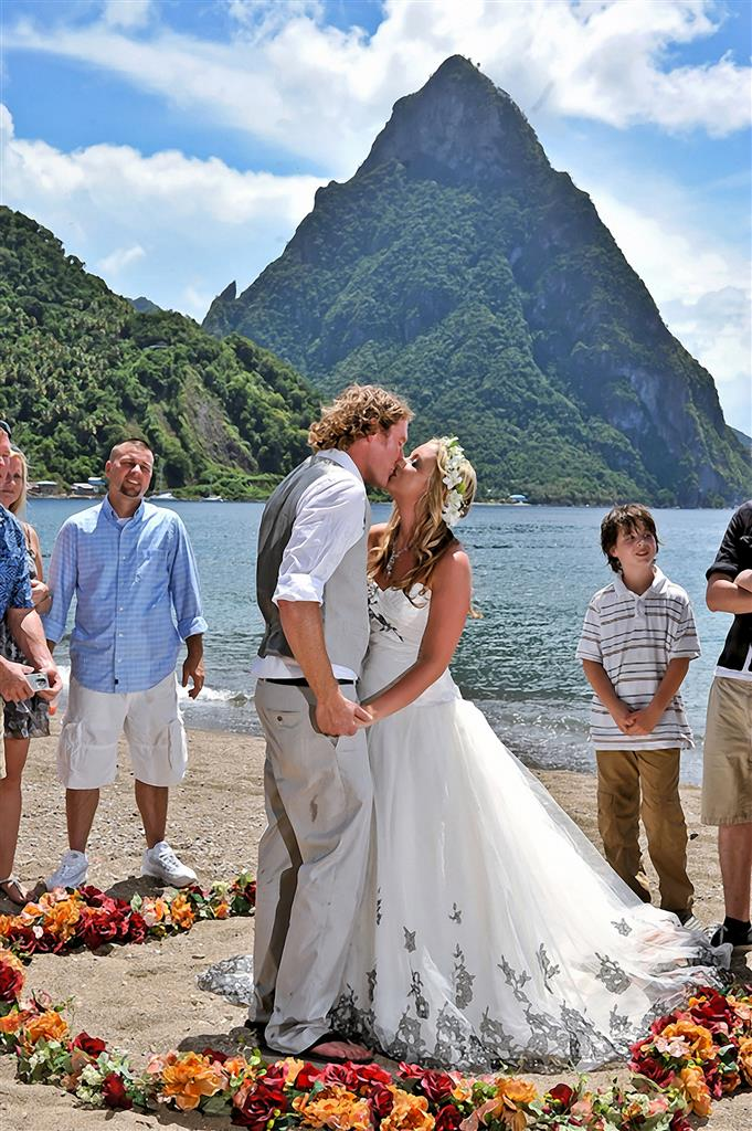 Pions Of The Heart Wedding Package In St Lucia Traveline Specials