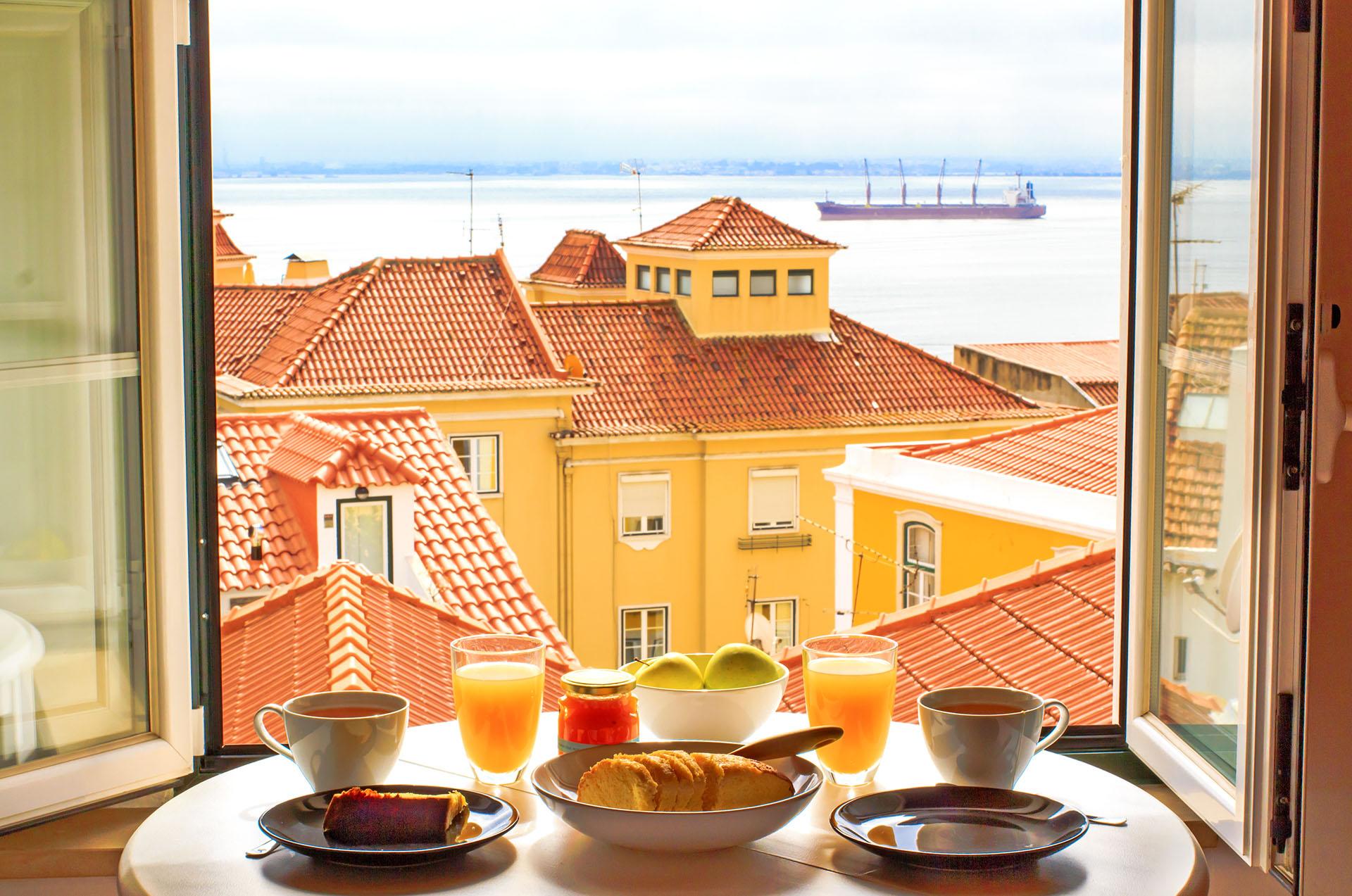 Где дешевле недвижимость в испании или португалии