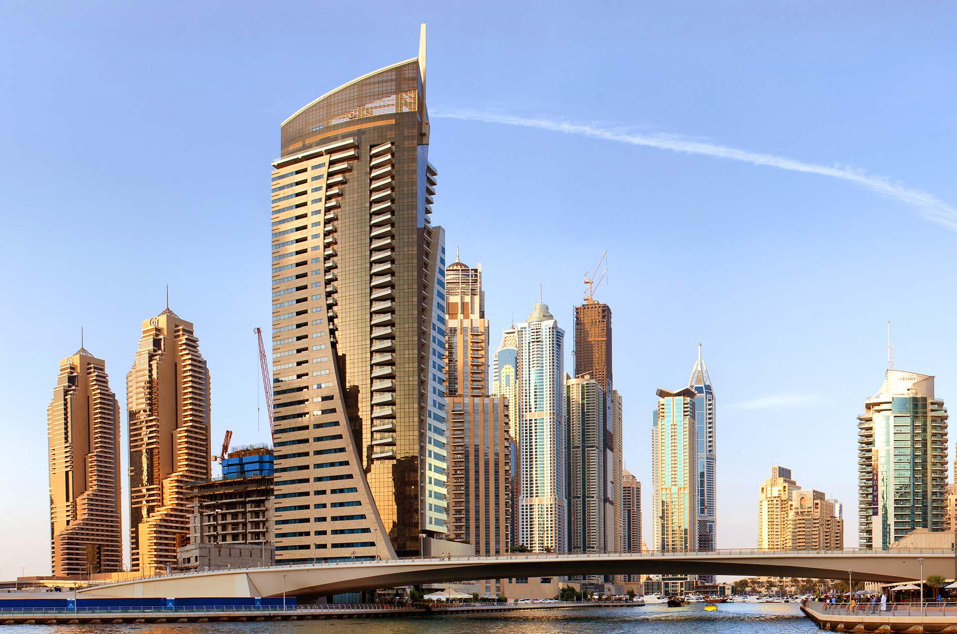Uae united arab emirates couple
